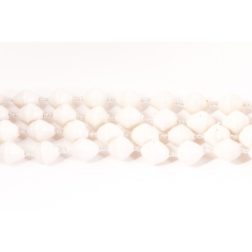 Chinese White helmikaulakoru