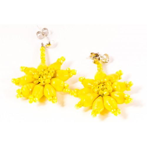 Straw Yellow kukkakorvakorut